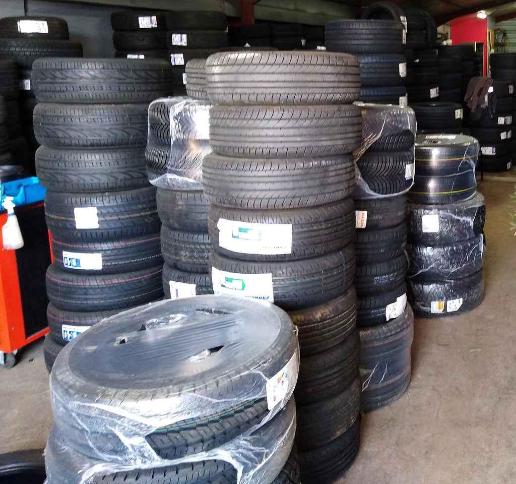 Stock pneus Drive bordeaux Mérignac paiement